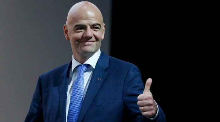 Newly elected FIFA President Infantino gives a thumb up as he arrrives for a news conference during the Extraordinary FIFA Congress in Zurich